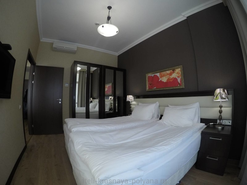 gorki-gorod-apart-otel-3-apartamenty-spalnya