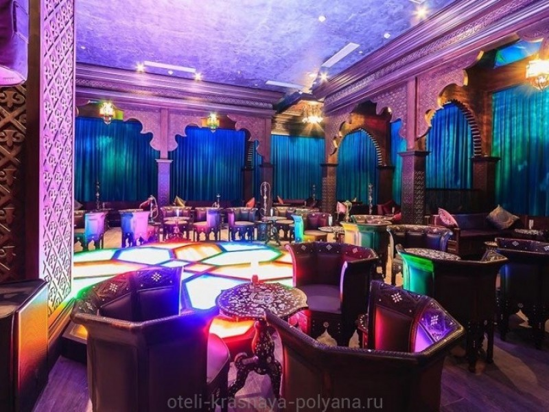 otel-riksos-rixos-5-sochi-krasnaya-polyana-bar-kalyannaya-layali-place