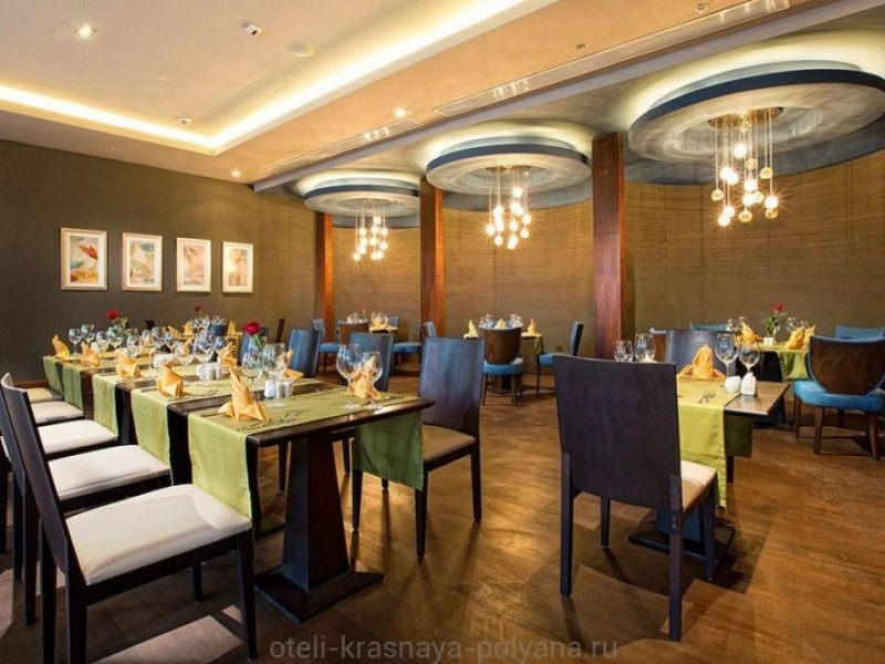 otel-riksos-rixos-5-sochi-krasnaya-polyana-restoran-sparx