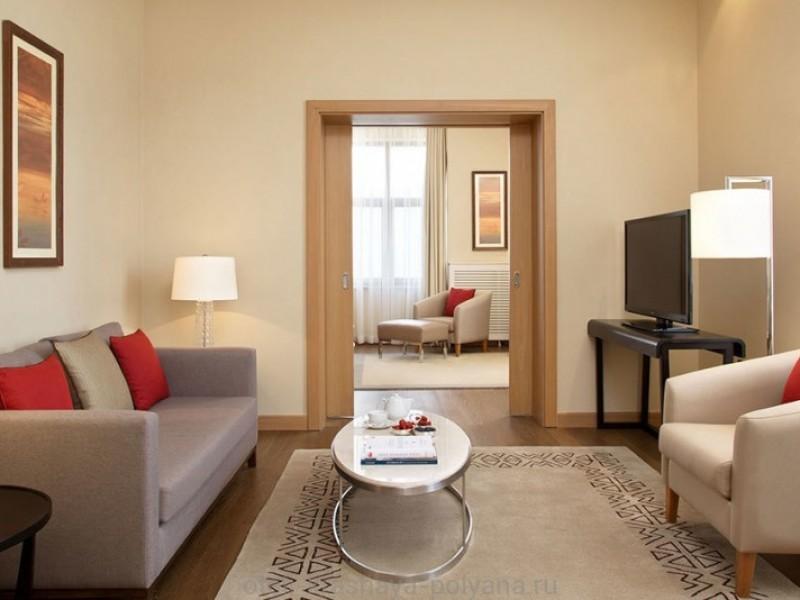 otel-solis-sochi-hotel-5-krasnaya-polyana-oficialnyj-sajt-mountain-suite-living-room