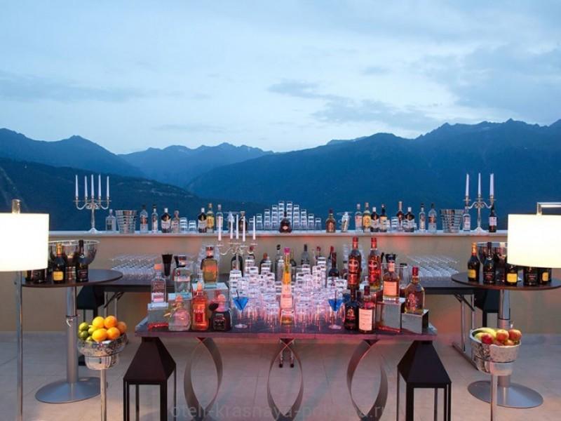 otel-solis-sochi-hotel-5-krasnaya-polyana-oficialnyj-sajt-terrace-cocktails-2