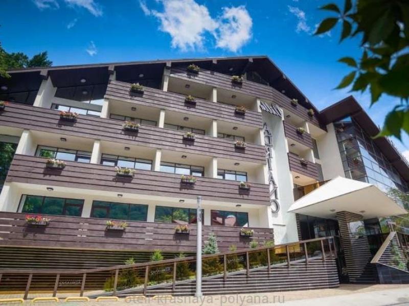 villa-adriano-otel-4-foto-zdaniya-2