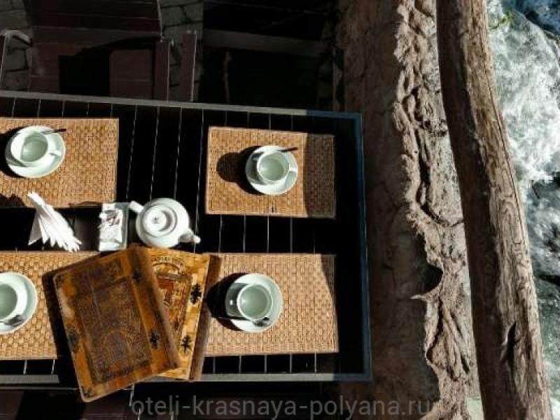 fort-ehvrika-otel-3-v-restorane-4