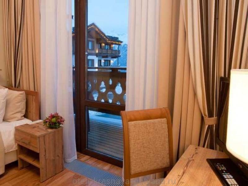 polyana-1389-otel-i-spa-gk-4-nomer-apartament-1