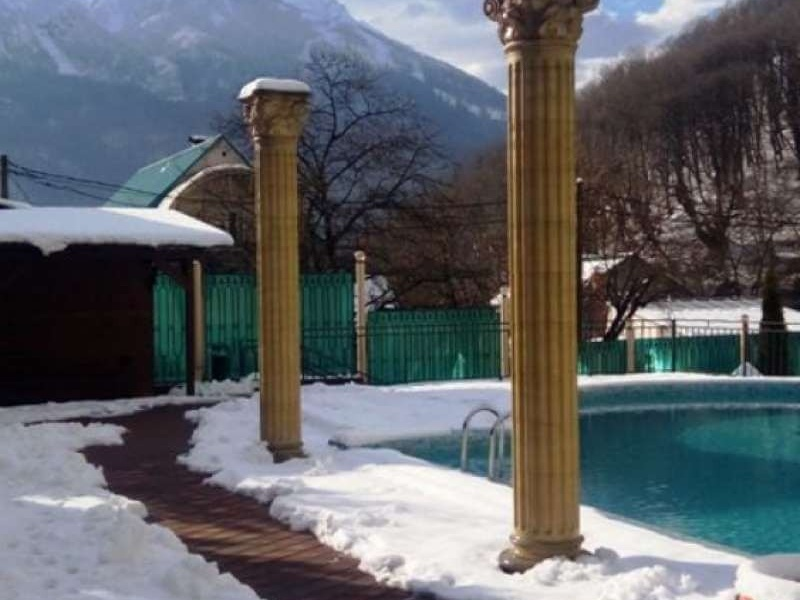 sofiya-otel-3-bassejn-zima