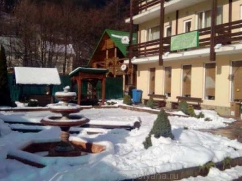 sofiya-otel-3-territoriya-otelya-zima